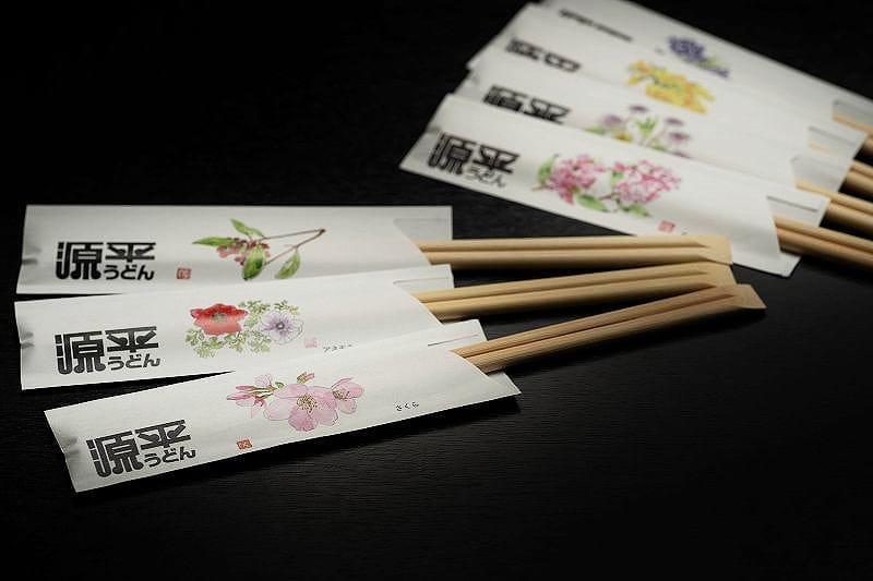 季節の移ろいを、箸袋で表現