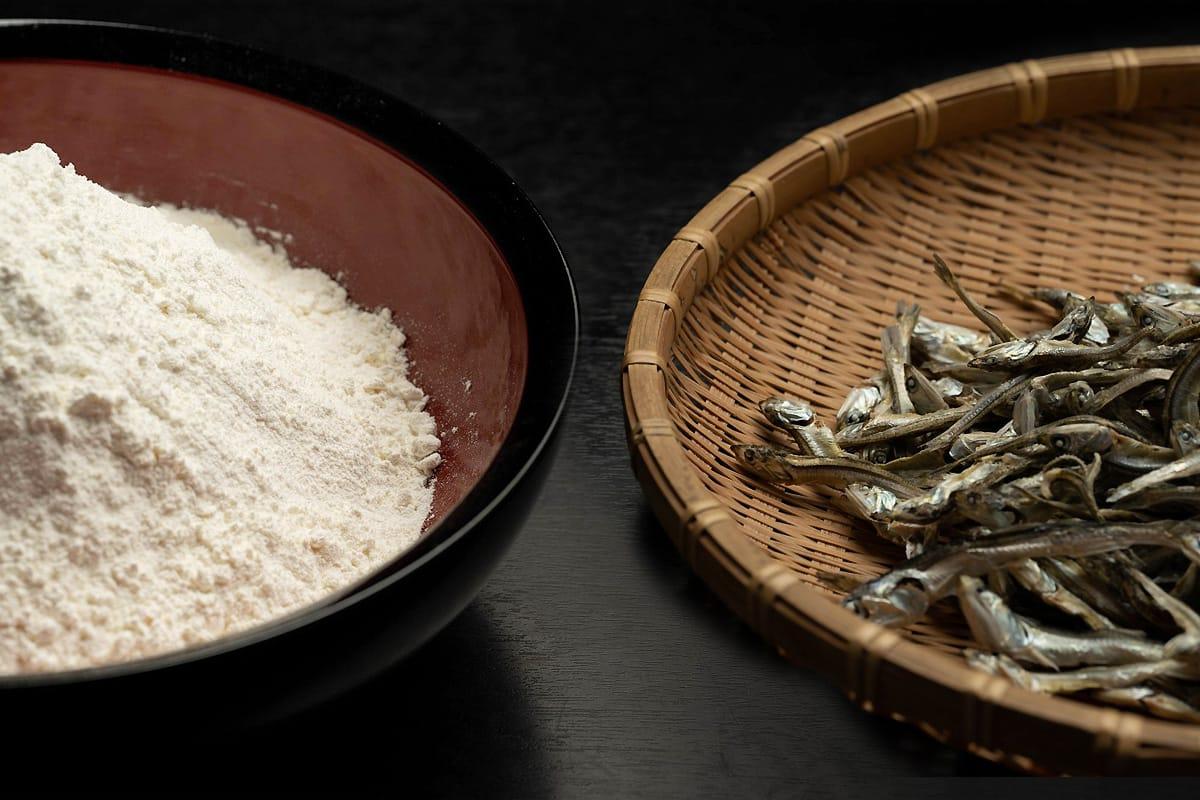 麺・出汁へのこだわりと熟練の職人技